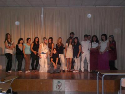 """A los alumnos de """"Dramatización y Teatro"""" 2009/2010."""